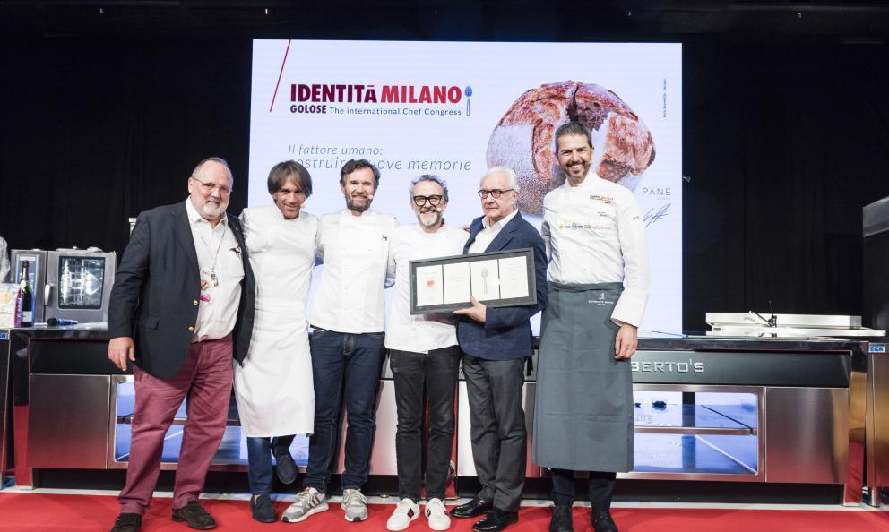 Identità Golose omaggia Alain Ducasse. Sul palco anche Davide Oldani, Carlo Cracco, Massimo Bottura e Andrea Berton
