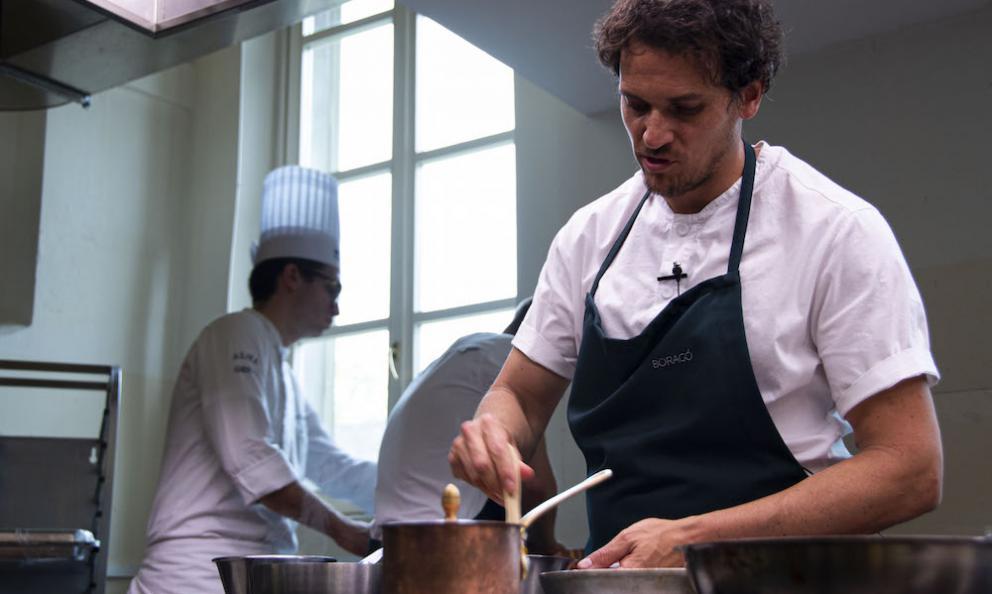 Rodolfo Guzman, chef at restaurantBoragòin Santiago del Chile, who was atAlma, in Colorno (Parma) last month