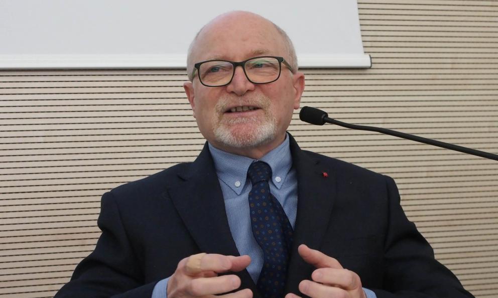 Roberto Restelli, ex direttore della Guida Michelin Italia, nell'appassionata orazione con cui lunedì 14 gennaio ha inaugurato la settima edizione del Master della Cucina Italiana a Creazzo, Vicenza