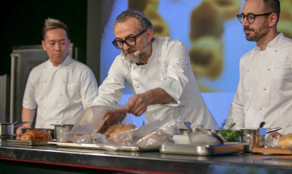 Massimo Bottura in piena: Il cibo è espressione di cultura