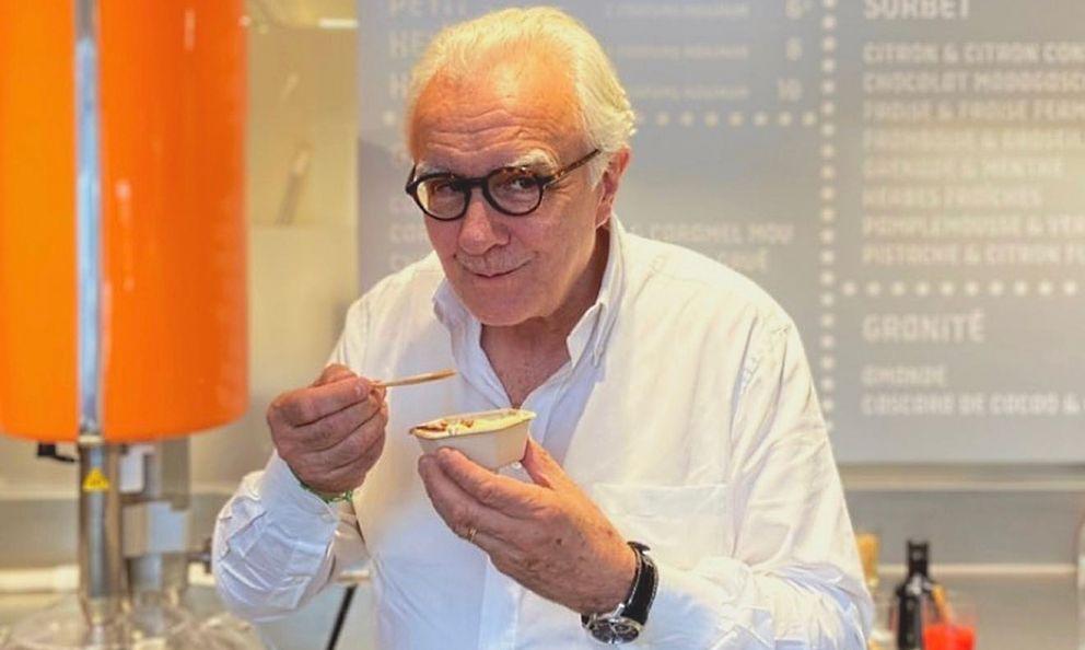 Finalmente, il gelato: sabato 19 giugno è stata inaugurata a Parigila prima Manufacture de Glace Alain Ducasse. Lo chef franceseha raccontato di aver coltivato questo desiderio per molti anni