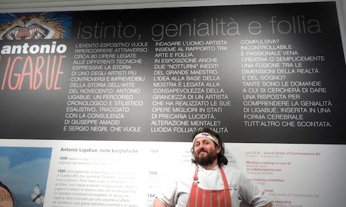 In primo piano, il cuoco viaregginoCristiano Tom