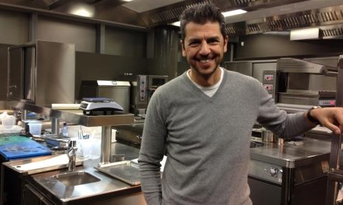 Andrea Berton nella cucina del suo nuovo ristorant