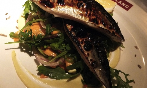 Lo Sgombro grigliato con insalata di finocchi freschi della cena da Blanc? Pescato a rete a largo di Weymouth