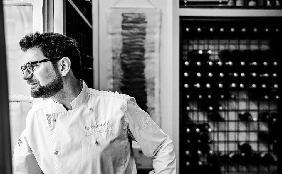 Adriano Baldassarre, chef e patron di Tordomatto, a Roma. Ha da poco aperto anche, sempre nella capitale, la Trattoria popolare dell'Avvolgibile. Sarà sul palco del Congresso Identità Golose domenica 24 marzo alle 16:40, con una lezione a Identità di Pasta (in collaborazione con Pastificio Felicetti) intitolata In-Fusione di Pasta(foto di Lido Vannucchi)