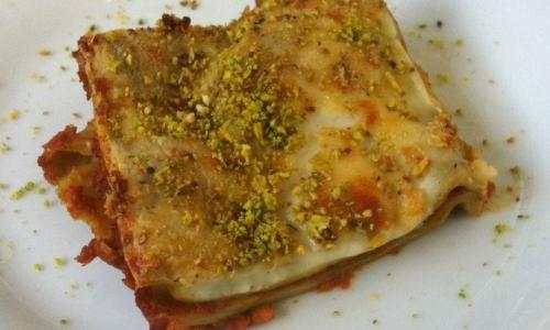 Lasagnetta al ragù di lampredotto con pistacchio e scorzette d'arancia di Luca Cai
