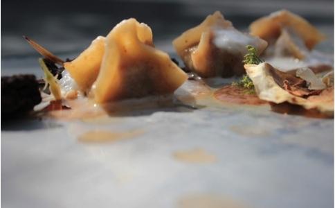 I Birravioli di Ginevra D'Alessandro, sous chef del ristorante Sud di Quarto (Napoli), piatto dell'edizione 2012