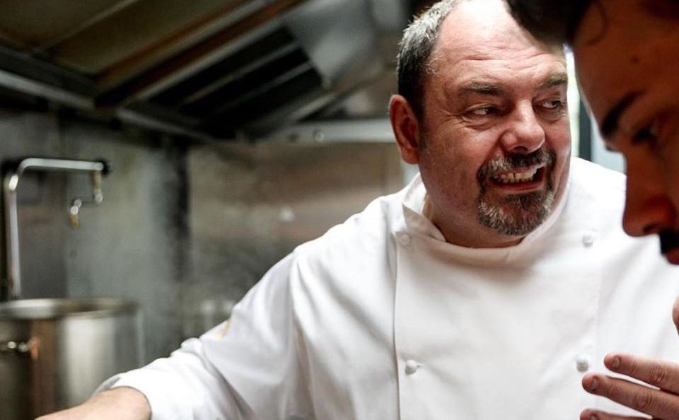 Max Poggi è lo chef-patron di Massimiliano Poggi Cucina, giusto appena fuori Bologna