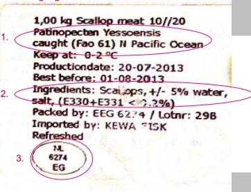 ETICHETTA NO. L'etichetta di un prodotto congelato: tra gli ingredienti c'è l'acqua, fatta assorbire dalle capesante per aumentarne il peso. Dall'Olanda