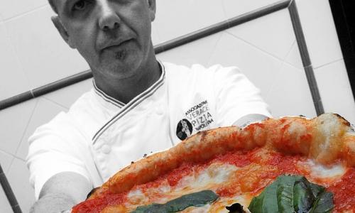 Franco Pepe, pizzaiolo di Caiazzo in provincia di Caserta (foto Enrico Caracciolo)