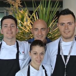 Il team che Massimo Bottura ha formato per il Ristorante Italia all'interno di Eataly Istanbul. Da sinistra verso destra: Bernardo Paladini, Daniele Montani e Michele Castelli, davanti Virginia Caravita