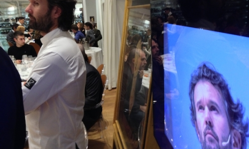 Carlo Cracco doubles: in front of an authentic pai