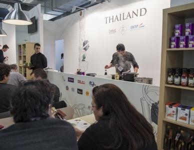 Il corner della Tailandia, nazione ospite di Identità 2014 (Brambilla-Serrani)
