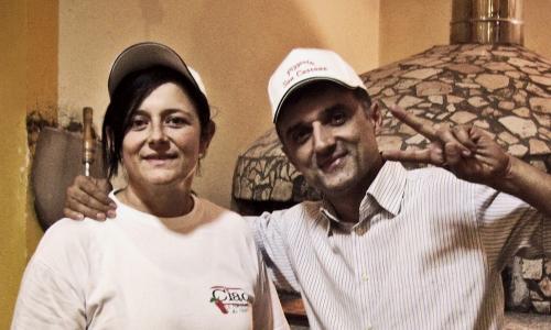 Amoriello con la moglieMarianna Iaquinto, altra abile pizzaiola