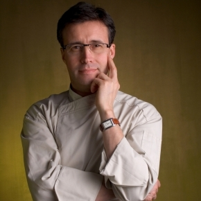 Andrea Besuschio, his pastryshop is in Abbiategrasso (Milan)