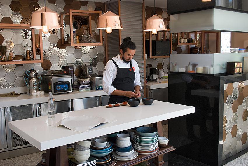 Alejandro Chamorro, chef di Nuema, Quito (Ecuador)