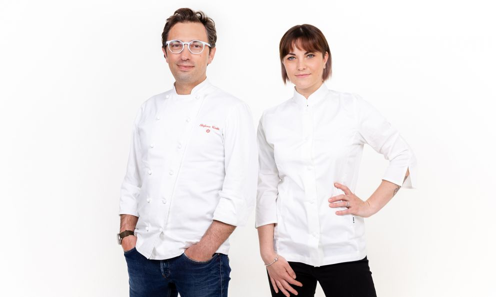 Stefano Ciotti ed Edvige Simoncelli, rispettivamente chef e pastrychef del ristorante Nostrano di Pesaro, una stella Michelin (foto di Marco Poderi)