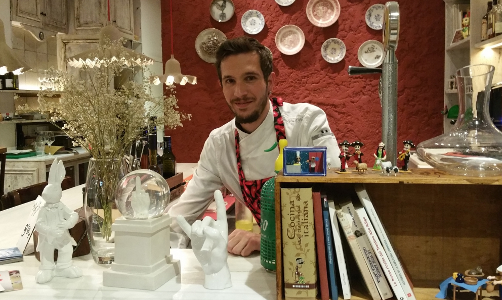32-year-old Paolo Mangianti from Domodossola, chef at Due Spaghi in Barcelona, a successful sustainable zero-waste experiment conceived with Nicoletta AcerbiandToni Pol