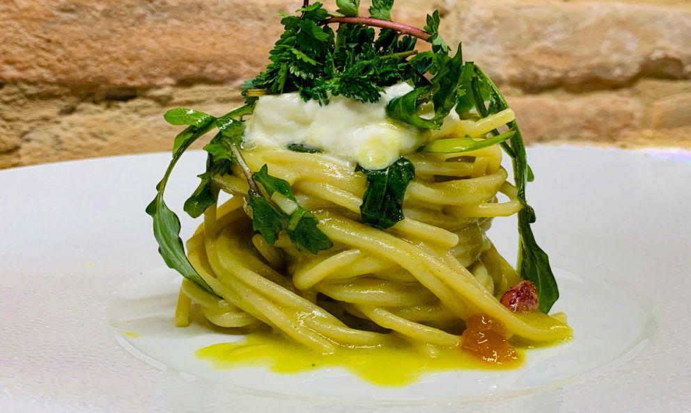 Spaghetti all'olio: il piatto della primavera di Michele Biagiola
