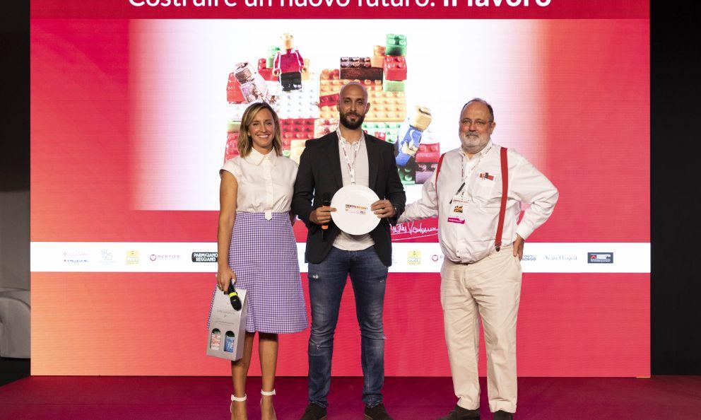 Acqua Panna e S.PellegrinopremiaAndrea Antoninidel ristorante Imàgo dell'Hotel Hasslercol Premio Vent'Anni