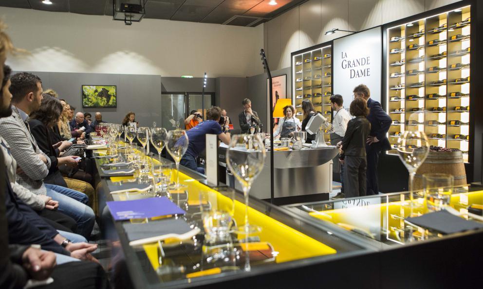 Veuve Clicquot, la sfida (vinta) del Pinot Nero e della cucina italiana