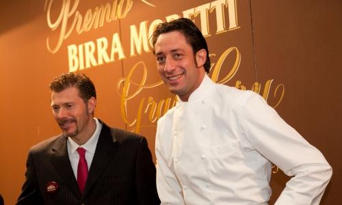 Luigi Taglienti, chef del Trussardi alla Scala, allo stand Birra Moretti a Identità Milano