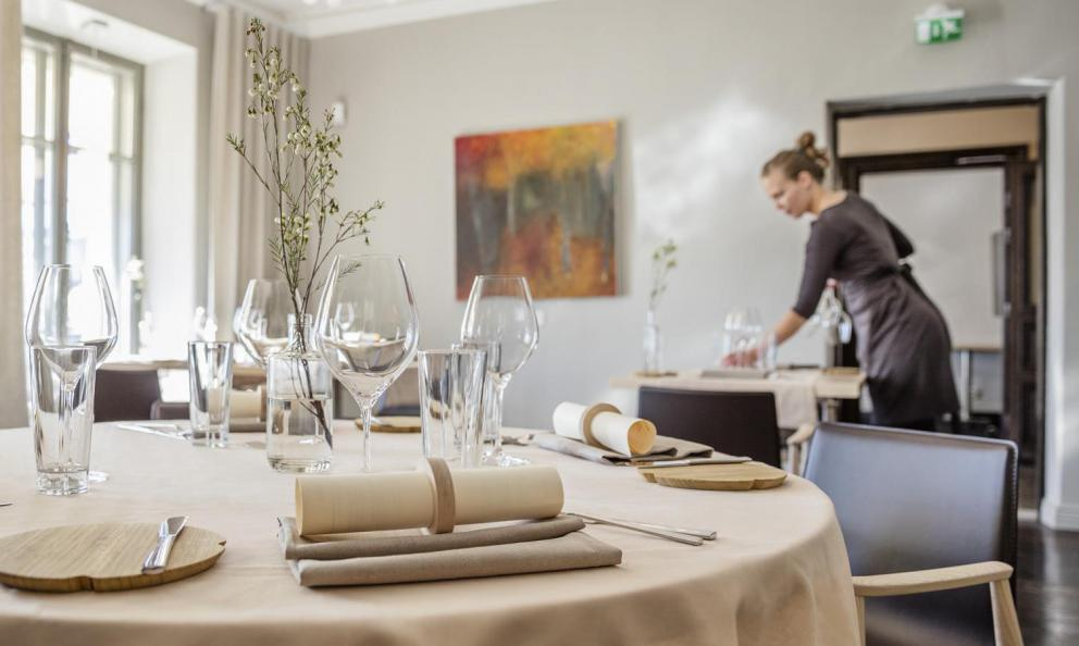 The dining room at restaurant Olo in Helsinki, Finland, one Michelin star (photo myhelsinki.fi)