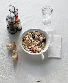 Botifarra amb mongetes, Sausages and beans for the employees at Celler de Can Roca (photo credits PAJ/Phaidon)
