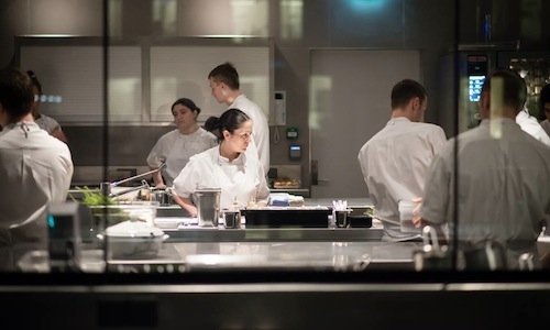 Lucia Tellone, at the centre of the small kitchen inside Maeemo in Oslo, Norway, chef Esben Holmboe Bang. Born in Avezzano in 1984, Tellone is at her second important experience after Enrico Bartolini'sDevero