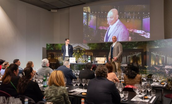 Alessandro Lunelli e Luca D'Attoma sul palco di Identità Golose (foto Brambilla/Serrani)