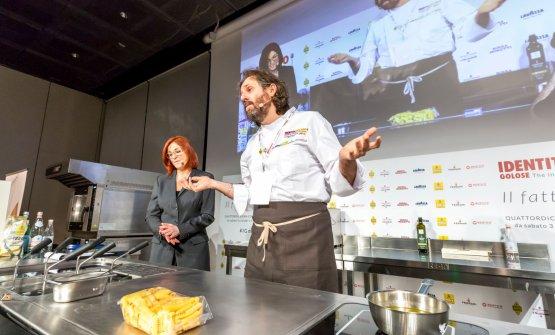 Tomei con Eleonora Cozzella, che ha presentato tutte le lezioni di Identità di Pasta