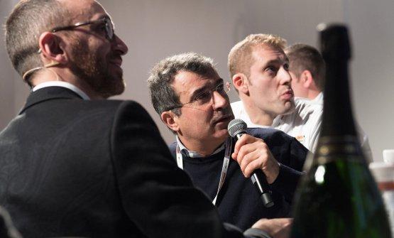 Microfono a Michele Marcucci