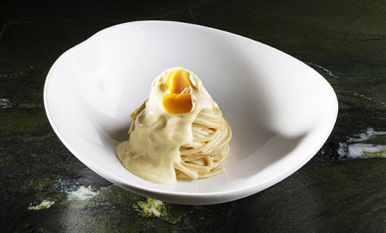 ORO MIO: Spaghetti con emulsione di bottarga di mu