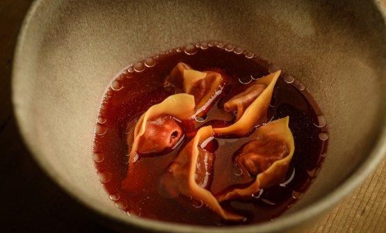 Cappelletti, barbabietola, anguilla, foie gras