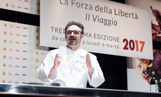 Paolo Lopriore sul palco di Identità Milano 2017