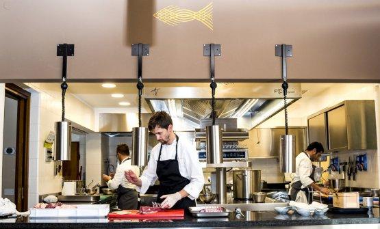 Lo chef e titolare di Impronta d'Acqua, Ivan M