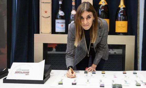 Alessandra Dal Monte(il miglior food writer).Premia Dipartimento Cultura e Turismo di Abu Dhabi