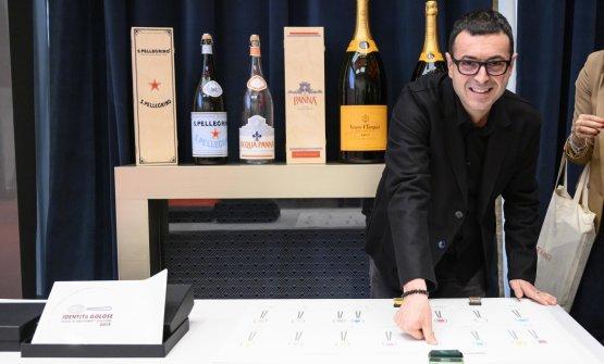 Ricard Camarena(il miglior chef straniero).Premia Lavazza