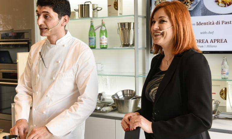 Andrea Aprea con Eleonora Cozzella a Identità di Pasta