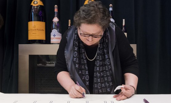 Valeria Piccini firma il manifesto della Guida Identità Golose 2018
