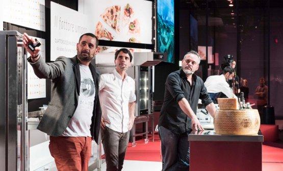 VirgilioMartínez (al centro) conGonzalo Urbina eJulio Rivera (foto Brambilla/Serrani)