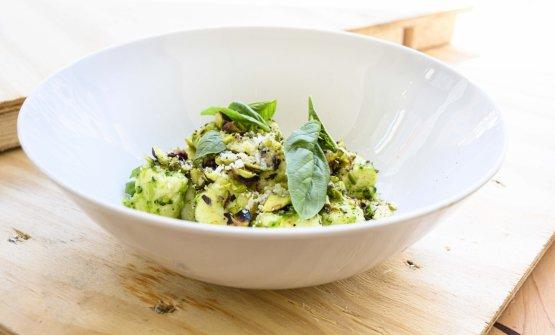 Gnocchi di ricotta con broccoli e pesto di pistacchio di Missy Robbins.Wine pairing: Chardonnay Tellus 2016, Famiglia Cotarella