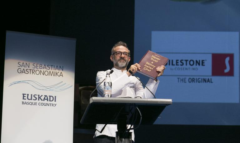 L'Italia è stato il Paese ospite della scorsa edizione. Nella foto, la lezione di Massimo Bottura (foto Coconut)