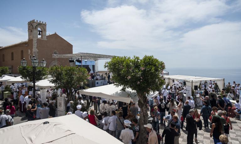 La quinta edizione della manifestazione Cibo Nostrum si è tenuta dal 22 al 24 maggio tra Zafferana Etnea e Taormina