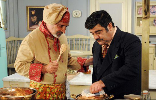 Una versione più recente, per la tv, di Nero Wolfe, interpretato da Francesco Pannofino,qui alle prese con un altro chef, Nanni Laghi (ossia Andy Luotto)