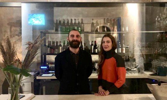 Matteo Mazza e Alessandra Straccamore, patron di Motelombroso. Il ristorante ha riaperto al pubblico proprio ieri
