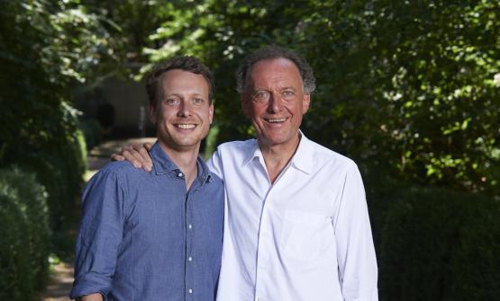 Il vignaiolo altoatesino Alois Lageder con il figlioAlois Clemens Lageder. Insieme ad altri 80 cantinehanno animato la ventesima edizione di Summaa Magrè (Bolzano)