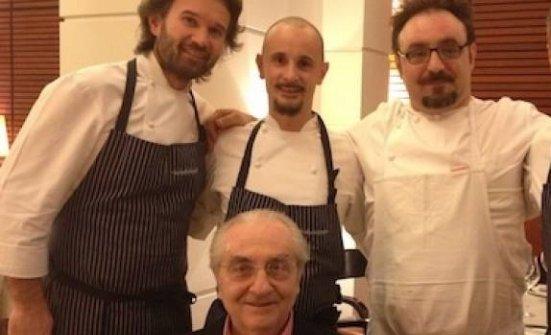 Accadde duranteIdentità Golosea Milano, febbraio 2013, quandoCarlo Cracco, a sinistra nella foto, invitò altri due allievi diGualtiero Marchesi,Enrico CrippaePaolo Lopriore