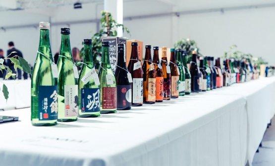 Alcuni esemplari di sake giudicatialMilano Sak