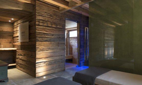 La spa, ricavata in un'ex stalla